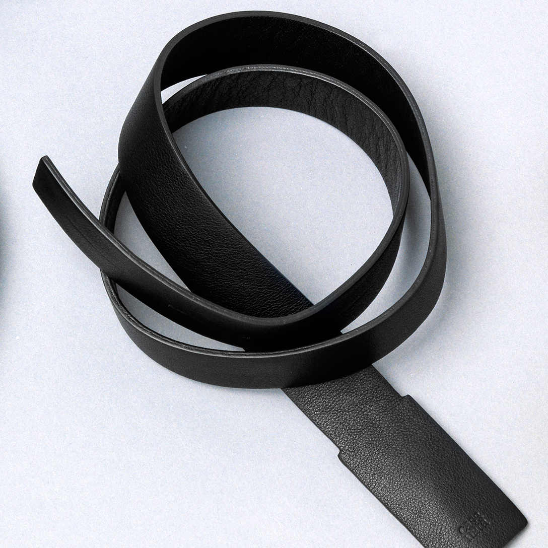 LoopBelt_black-fr.jpg